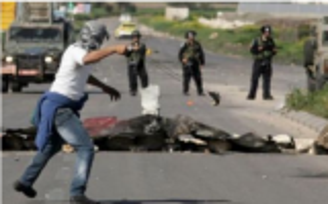 إصابة عشرات الفلسطينيين خلال مواجهات مع الاحتلال في الضفة الغربية