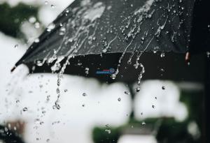 إمتداد لمُنخفض جوي يؤثر على المملكة نهاية الاسبوع وفرصة لهطول زخات مُتفرقة من المطر