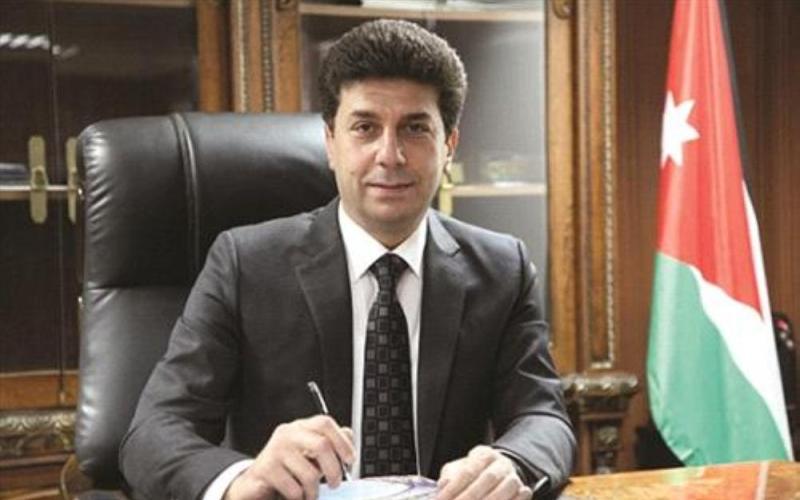 المسلماني يسأل حكومة النهضة عن لقاحات كورونا ..