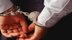 التنفيذ القضائي يلقي القبض على صاحب مدرسة خاصة بحقه 30 قيد ..  والتربية تحقق