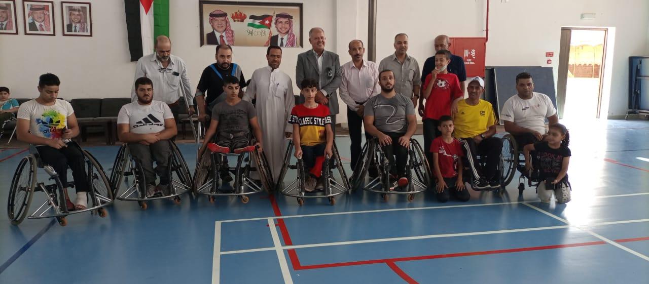 وفد اللجنة البارالمبية يزور نادي النهضة للمعوقين في إربد