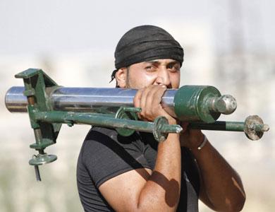 مصدر خليجي: السعودية تزود المعارضة السورية بصواريخ